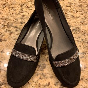 New Naturalizer Black with Sparkle Detail size 9